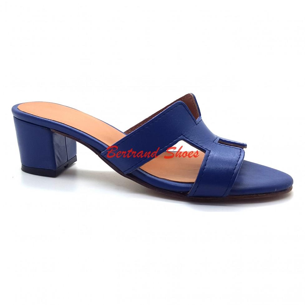 Sandales à talon en cuir 018
